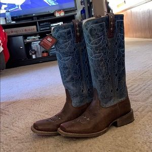 Almost new square toe ariat boots.